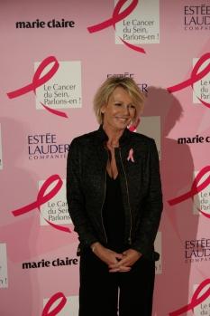 Sophie-Davant-marraine-Octobre-Rose-2015-soirée-lancement-campagne-Cancer-du-Sein-Parlons-en-Ruban-Rose-Tour-Eiffel-paris-photo-usofparis-blog